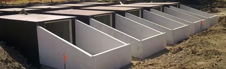 SAS à pente pour galerie d'accès au caveau funéraire sous allée Stradal