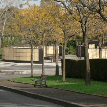 cases cinéraires habillées d'un plaguage granit complet. Stradal